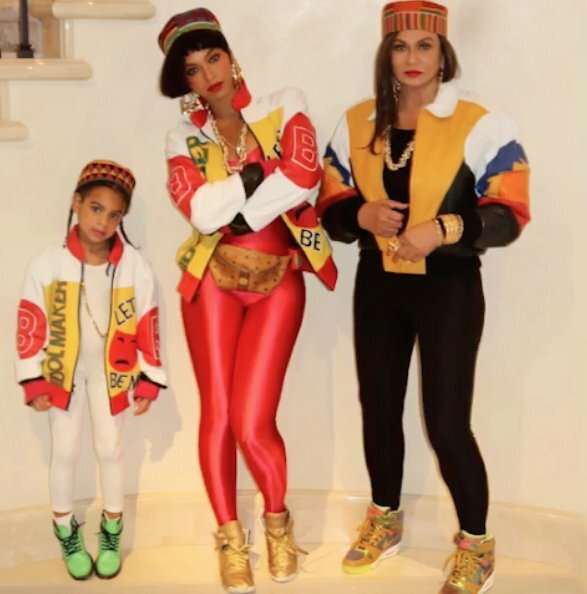 Beyonce, Tina Knowles Lawson and Blue channel Salt-N-Pepa!